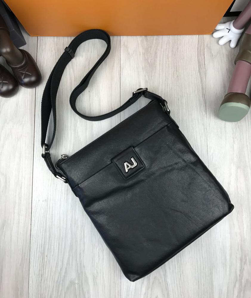 471d4c2963d5 Купить сумку планшет Армани из кожи черную прочную - Mega Brands