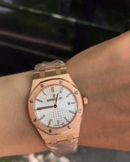 Брендовые женские часы Audemars Piguet фото