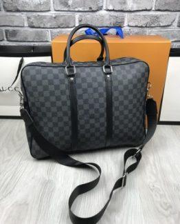 Мужская сумка для ношения в руках Louis Vuitton фото